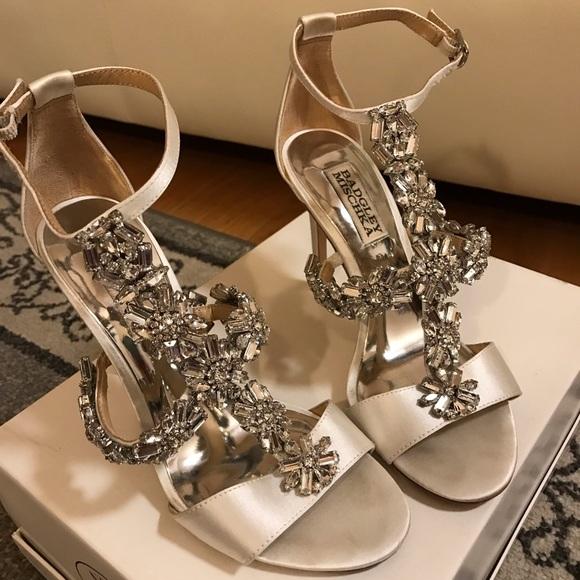 8209620b59eff Badgley Mischka Shoes - Munroe by Badgley Mischka Glamorous Evening Heel